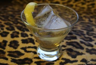 Lemon-Thyme Old Fashioned | Pork Cracklins