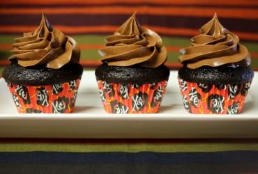 Chocolate Mayonnaise Cupcakes   Pork Cracklins