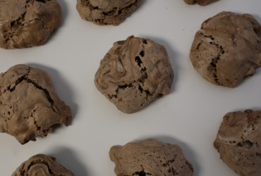 Brutti ma Buoni (Ugly but Good) Cookies | Pork Cracklins