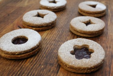 Traditional Linzer Cookies | Pork Cracklins