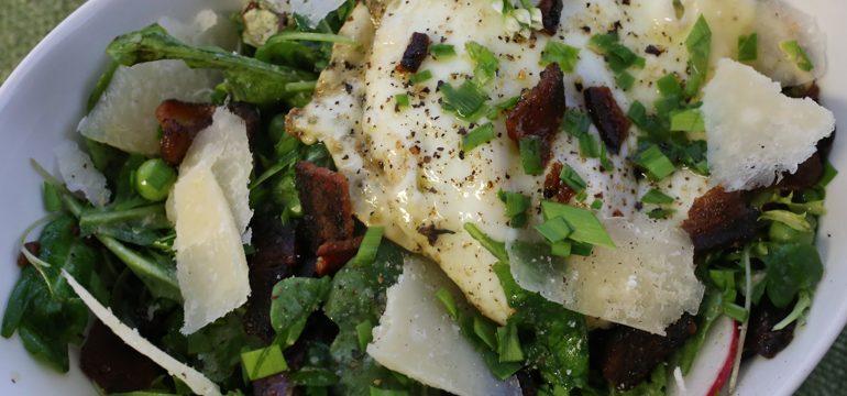 Summer Salad with Peas, Parmesan, Fried Egg & Bacon | Pork Cracklins